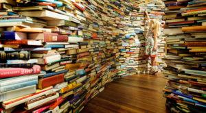 """Cultura, sabato a Carpi: """"Libri in MoVimento"""", porta due libri ne ricevi uno in cambio"""